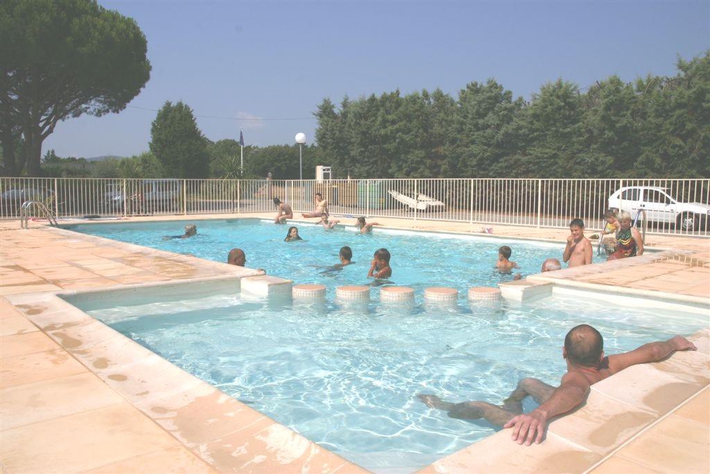 Camping de vaudois 3 toiles camping roquebrune sur for Camping piscine var