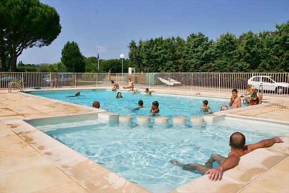 Camping Roquebrune sur Argens avec piscine